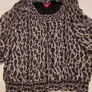 Sunny Leigh ladies animal print top